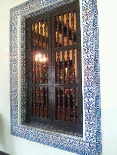 Quinta Mazatlan interior window