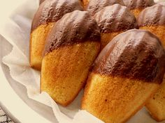 The madeleine (French pronunciation: [mad.lɛn], English /ˈmædleɪn/) or petit. The madeleine (Frenc French Cookies, French Cake, French Food, Madelines Recipe, Gourmet Desserts, Cookie Desserts, Cookie Recipes, Coconut Recipes, Chocolate Dipped