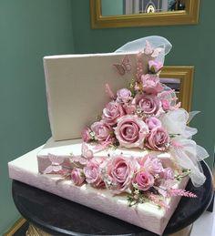 Creative Wedding Gifts, Wedding Gift Baskets, Gift Baskets For Women, Pinterest Crafts, Balloon Gift, Islamic Gifts, Bling Wedding, Diy Crafts For Gifts, Wedding Frames