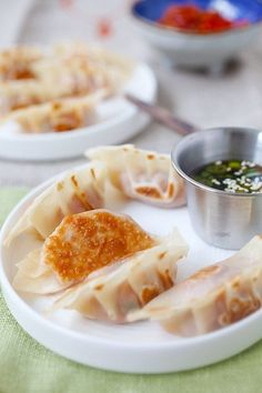 Pork and Shiitake Gyoza - healthy and delicious Japanese dumplings that you can make at home with this super easy and fool proof recipe. | rasamalaysia.com