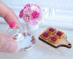 1:12 Scale Dollhouse Miniature Food, Pastry Bakery, berry tarts, Doll Fake Food, pink flower vase, display stand platter glass dome, mini small tiny, bjd yosd Dolls, Miniatures, Patisserie, Confectionery, Handmade, Miniature food, sylvanian families, 1 inch scale, doll house, pastries, porcelain tableware, serving tray, doll kitchen, kitchenware, bakery wooden peel shovel