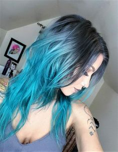 27 coiffures ombre bleu super cool hair color в 2019 г. Teal Hair Color, New Hair Colors, Hair Color Balayage, Teal And Purple Hair, Fun Hair Color, Turquoise Hair Ombre, Purple Gray, Long Curly Hair, Curly Hair Styles