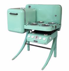 Petit four compact Vintage Art Deco Stove/Oven USA 1939 Fabulous and fantastic 1939 Electro Chef stove and oven, in working order.