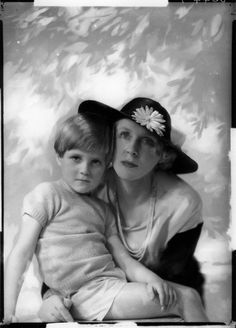 Lady Diana Cooper - Wikipedia, the free encyclopedia