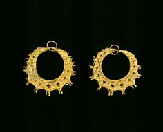 Monument type: Earrings    Material: Gold    Date: 16th century BC    Location: Mycenae