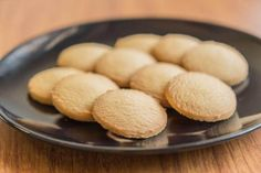 These sugar cookies from the Cuban town of Moron, Torticas de Moron, are crunchy and sweet with vanilla and lime, and easy to make.