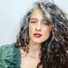 Grey Curly Hair, Long Gray Hair, Curly Hair Cuts, Curly Hair Styles, Long Curly, Grey Hair Over 50, Grey Hair Transformation, Grey Hair Inspiration, Gray Hair Highlights