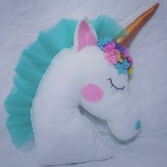 Almofada unicórnio de feltro #feltro #feitoamao #trabalhomanual #unicornio #almofadas #almofada #feltro #feitoamão #artesanato #arte