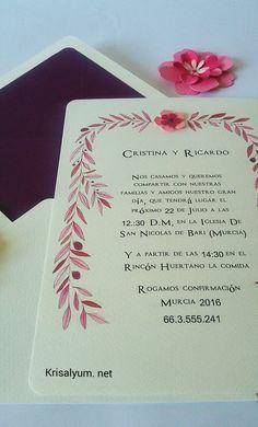 Invitación en dos tamaños cuadrado 15x15cm y 15x22cm en cartulina de 250gr, pintada en acuarela sobre forrado y hecho a mano.