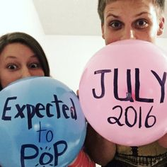Get ready to be inspired by these cute and easy pregnancy announcement ideas. Anyone who has the lung capacity to halfway blow up a balloon can accomplish this adorable pregnancy announcement. #pregnancyannouncement