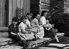 Ruth Bell Graham and her children.