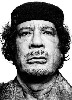 Muammar Gaddafi - platon