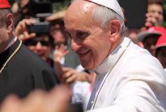 En la mirada de María está el reflejo de la mirada de Dios, dice el Papa