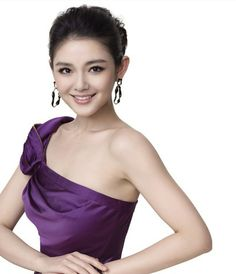 Barbie Hsu also known as Dà S (大S) (Chinese: 徐熙媛; pinyin: Xú Xīyuán; Wade–Giles: Hsü Hsi-yüan was born on 6 October 1976. She is a Taiwanese actress and singer. She is most well known for her role as Shan Cai in Taiwanese drama Meteor Garden, an adaptation of the Japanese manga Boys Over Flowers and Mars with Vic Chou of F4. She has also acted in movies, her first being the Chinese movie...