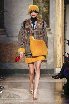 Simonetta Ravizza Fall 2018 Ready-to-Wear Collection - Vogue