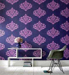 Graham & Brown Sale bei Westwing Home & Living Graphic Wallpaper, Damask Wallpaper, Purple Wallpaper, Modern Wallpaper, New Wallpaper, Beautiful Wallpaper, Eclectic Wallpaper, Flock Wallpaper, Accent Wallpaper