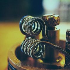 dual zipper coil. #vapeheads