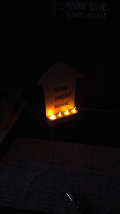 het zelfde decoratie stuk in het donker.kijk hoe gezellig het eruit ziet :)