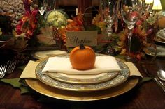 Super simple Thanksgiving or Fall place settings | We Heart Parties