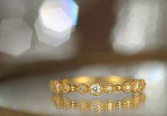 【楽天市場】K18ダイヤモンドリング concerto 【楽ギフ_包装】 【RCP】 /K18/18金/18k/リング/指輪/ピンキーリング/ダイヤモンド/ダイアモンド/ゴールド/重ねづけ _OK:cullent(カレン) Gold Pinky Ring, Bangles, Bracelets, Rings, Jewelry, Fashion, Moda, Jewlery, Jewerly