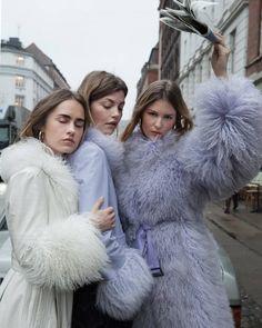 Saks potts Net-a-porter Fashion Week, High Fashion, Winter Fashion, Fashion Outfits, Womens Fashion, Fashion Trends, Modern Fashion, Fashion Fashion, Fashion Shoes