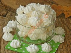 Beze Camembert Cheese, Vegetarian Recipes, Cabbage, Muffin, Pudding, Vegetables, Cooking, Desserts, Cos