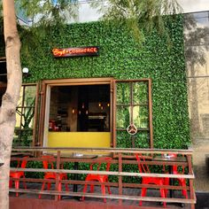 Looking for a hipster styled restaurant with creative food and drinks? Craft and commerce San Diego fits the bill.