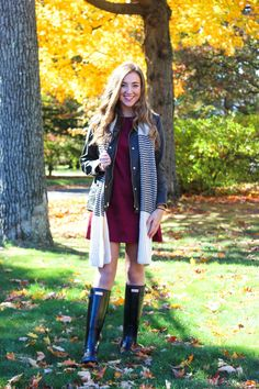 60 Cute Outfits to Wear on a Rainy Fall Day – 99 Fashion Beautiful Outfits, Cool Outfits, Fashion Outfits, Amazing Outfits, Emo Fashion, Fall Fashion Trends, Autumn Fashion, Hunter Boots Outfit, Wellies Rain Boots