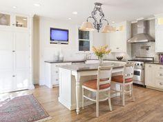 Tour #LaurenConrad's Former LA Home: Kitchen>> http://www.frontdoor.com/photos/tour-lauren-conrads-los-angeles-home-for-sale?soc=pinterest