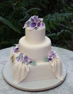 3 Tier Wedding Cake with White Fondant, Edible Pearls and Gumpaste Calla Lilies