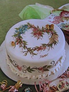 Donna Dewberry: Here are some more of my cake painting