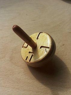 Fatto a mano in legno Dreidel(spinning top) - judaica - hanukkah