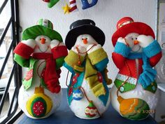 nieves Felt Snowman, Snowman Crafts, Christmas Snowman, Christmas Holidays, Christmas Crafts, Xmas, Felt Christmas Decorations, Holiday Ornaments, Holiday Decor