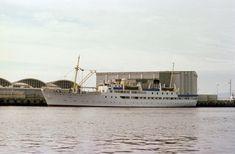 Akershusbasen - Photographer Røkke, Arne Dag Sailing Ships, Opera House, Ms, Boat, Building, Travel, Dinghy, Viajes, Buildings