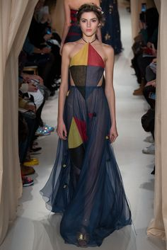 Valentino Spring 2015 Couture Fashion Show - Valery Kaufman (Elite)