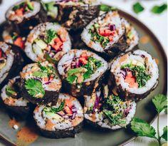 Nori Sushi, Vegan Sushi, Vegan Food, Sushi Recipes, Whole Food Recipes, Vegan Recipes, Vegan Ideas, Making Sushi Rice, Cooking