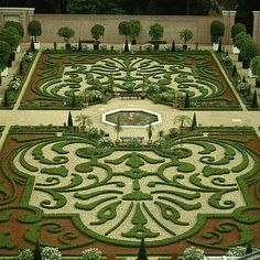 Gardens of Het Loo Palace, Holland.