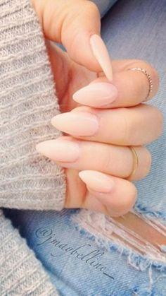 stiletto nails:simple//nude