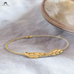 Perfect Bracelet Design That Will Never Goes Out of Style. . . . . #PapiliorJewelry #MinimalJewelry #MinimalistJewelry #highjewelry #minimalistjewelry#diamondring #southIndianJewelry #jewellerydesigns#goldjewellery #finejewellery #onlinejewellerystore #goldjewellery Diamond Bracelets, Diamond Rings, High Jewelry, Gold Jewelry, Minimal Jewelry, Bracelet Designs, Going Out, Jewelry Design, Jewels