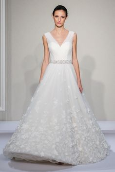 V-Neck Princess/Ball Gown Wedding Dress  with Natural Waist in Tulle. Bridal Gown Style Number:33263914