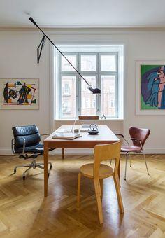 Artist Anne Aars Lands bright apartment in Frederiksberg   Bobedre.dk