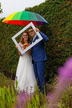 Das Negative ins Positive drehen, dann wird was draus. Pictures, Newlyweds, Round Round, Wedding