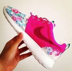 Pink & floral Nike Roshe Run