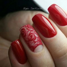 Whatever your age is, the red nail polish is always a nice choice. The red nails are so versatile that you can wear them for different styles and occasions. Red nail designs are timeless, what can … Lace Nails, Flower Nails, Red Nail Polish, Red Nails, Nail Art Dentelle, Trendy Nail Art, Manicure E Pedicure, Manicure Ideas, Fabulous Nails