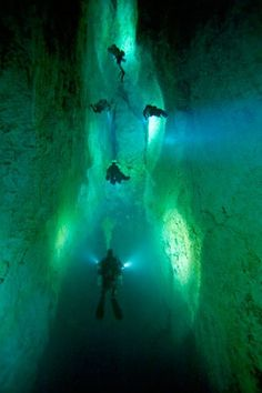 Bahamas Caves http://www.stopsleepgo.com/vacation-rentals/Commonwealth-of-The-Bahamas