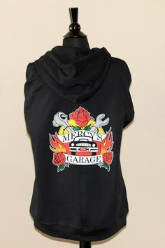 Awesome hoodie based on Patricia Briggs' Mercy Thompson series...you too can have a Mercy's Garage hoodie!