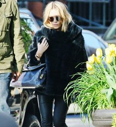 My all-time favourite looks of Mary-Kate and Ashley:...
