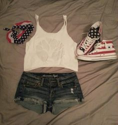 Summer country concert outfits