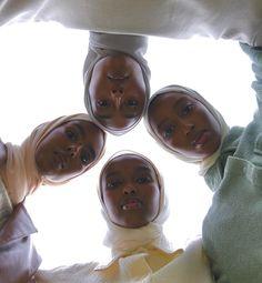 Girl Group Pictures, Close Up Art, Muslim Beauty, Black Girl Aesthetic, Muslim Girls, Best Friend Pictures, Scarf Hairstyles, Spongebob, Black Girl Magic