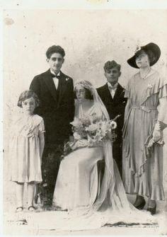 Portrait ancien famille emilie alexis pinterest for Faire don d une robe de mariée plus ancienne